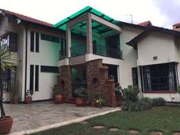 Runda Luxurious 4 Bedrooms +Sq Semi Furnished Available For Rent