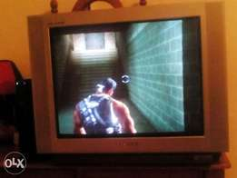 Samsung plano 54cm flat sceen ps2 two games to swop or sale 1300 neg