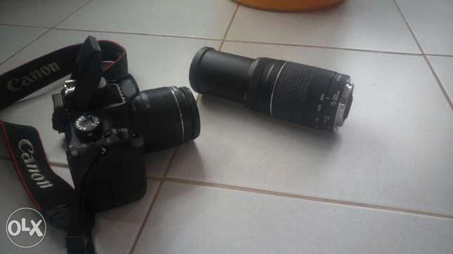 Canon EOS 550D complete with extra 75-300 zoom lens and carry bag for Langata - image 4