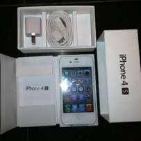 Iphone 4s for sale 16gb with accessories R1600