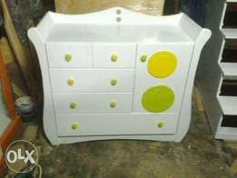 Classic chest of drawers from Binti Afrika designs
