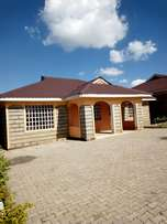 Very spacious four bedrooms house all ensuite