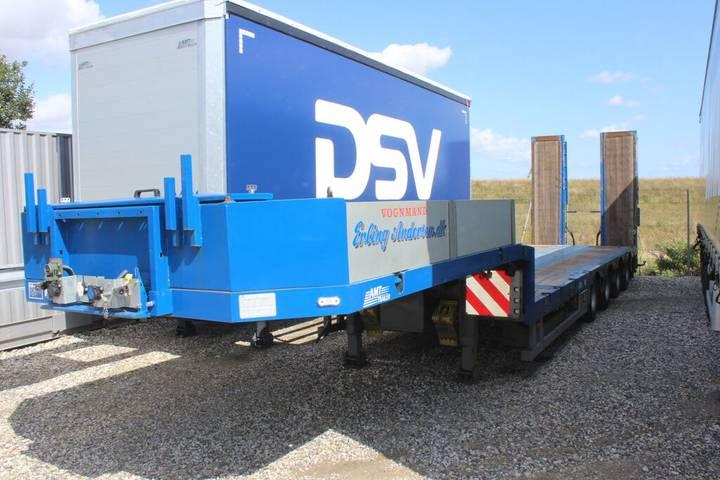 AMT 430 maskintrailer med udtræk og ramper low bed semi-trailer