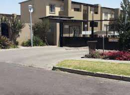Two bedrooms townhouse for sale in Evander. R650000