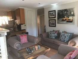 2 Bedroom Townhouse to Rent in Clubview.