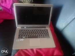 Flat Acer laptop for sale