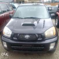 Clean Toyota Rav4 2004 black