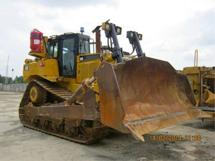 Caterpillar CAT D8R _ 2010 - 2010