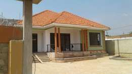 Kirabulindo home sweet for sell
