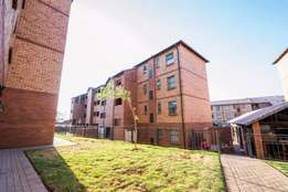 Discounted price 50% 2bedroom flat to rent in Pretoria West