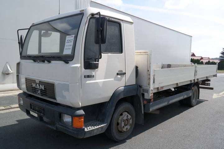 MAN 8.113 Lc Valník - 2000