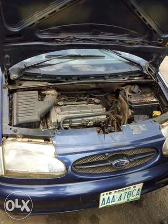 Ford for sale 3 sitters Abeokuta South - image 1