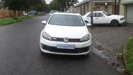 2009 Golf 6 GTI, 2.0 manual,126,000kms,service book,leather seats