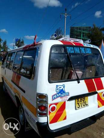 Extremely clean Toyota shark 5L Thika - image 5