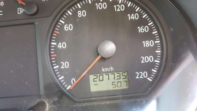 2006 VW Polo 1.9 TDI (PRIVATE SALE) Full Books!! Kuils River - image 4