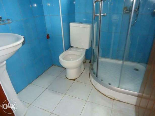 a three bedroom apartment for rent in kyanja Kampala - image 2