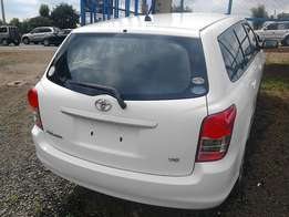Toyota fielder Kcj white petrol engine auto