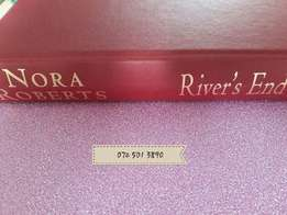 River's End - Nora Roberts.