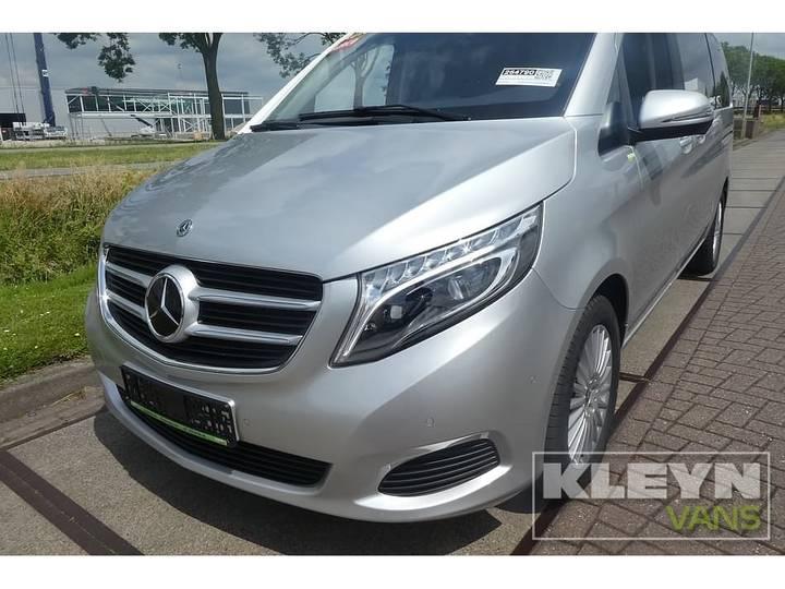 Mercedes-Benz V-KLASSE 220 CDI lang led 8-persoons - 2018 - image 13