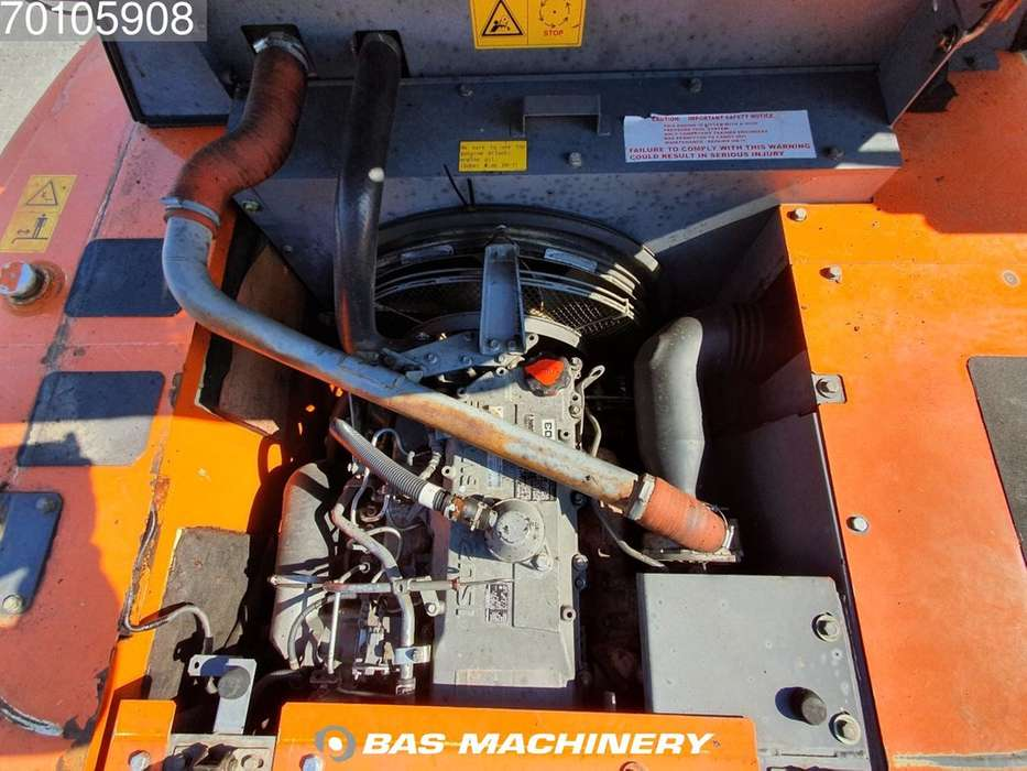 Hitachi ZX280LC-3 Nice and clean machine - 2010 - image 14
