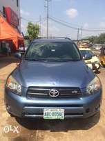 super clean Nigeria used Toyota RAV4 2008 model with DVD headrest.