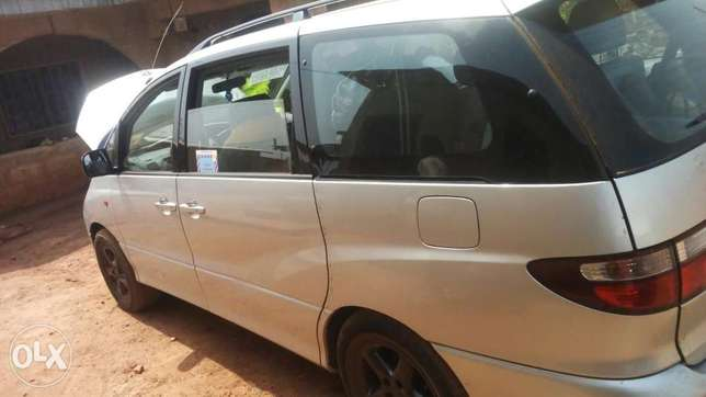Tokunbo Toyota previa for sell Osogbo - image 2