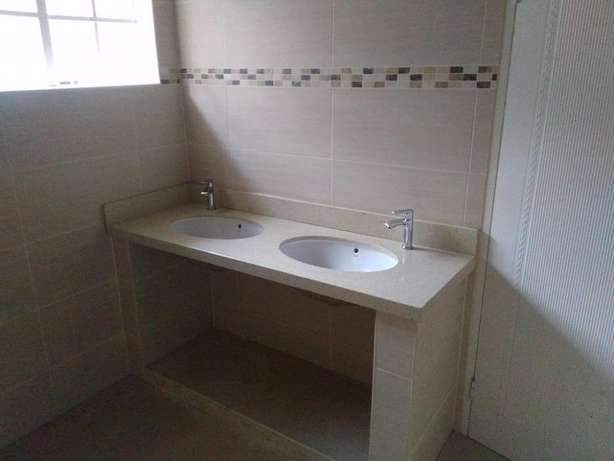 Affordable & Quality Granite & Marble Bathroom Vanities Roodepoort - image 2