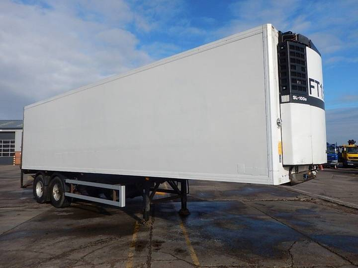 Adams 32FT TANDEM AXLE INSULATED BOX TRAILER - 2005 - C