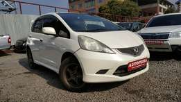Honda Fit RS, Newshape, Pearl white, Year 2008, 1500cc Automatic