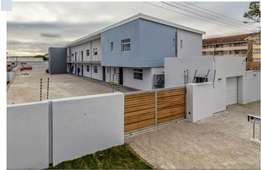 Fully Furnished Room in a 2 Bedroom flat in 5th avenue Walmer