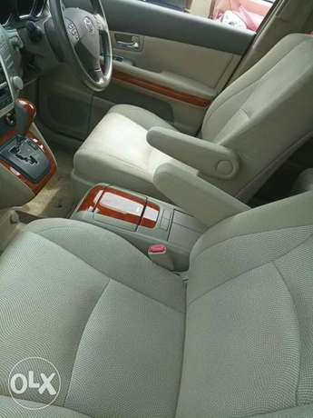 Toyota Harrier Gold KCP number Mombasa Island - image 6