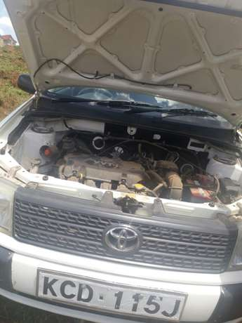 Very clean and well maintained toyota probox Kasarani - image 6