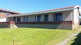 Lovely home forsale in scottburgh south
