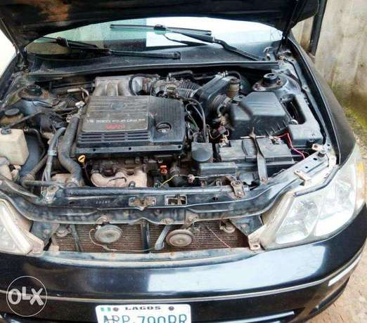 TOYOTA AVALON 2004 Very Clean_Give Away Price Benin City - image 7