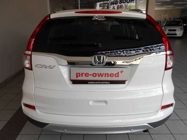 2015 Honda CRV 2.0 Comfort A/T with low milage Kosmos - image 4