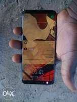 Galaxy S8 plus Dous with small crack