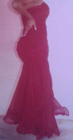 Matric ball dress for hire Mitchell's Plain - image 3