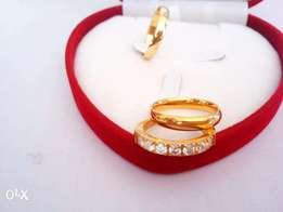 Zara Set of Wedding and Enagement Gold Ring in all Sizes & in a Box