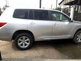 First body Toyota Highlander (2007)