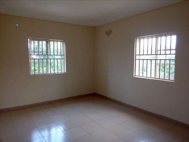 Newly POP finished and serviced 3bedroom flat to let at Utako off Arab Utako - image 4