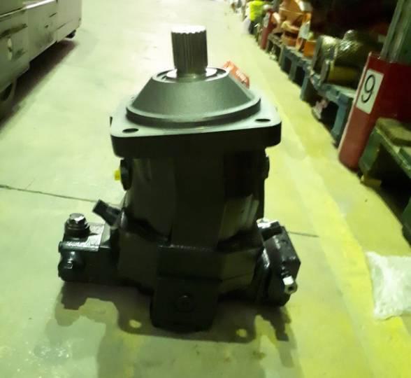 Dieci New  hydraulic motor for   PEGASUS material handling
