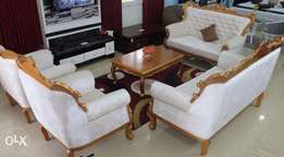 GIC Royal Sofa with center table