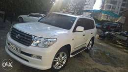 Land cruiser V8 Petrol