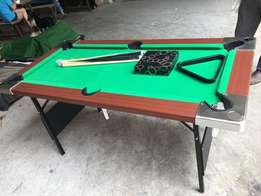 Newly imported 5ft snooker with accessories