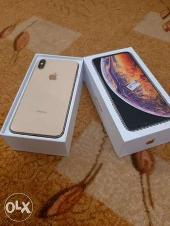 iPhone XS Max 256gb with warranty