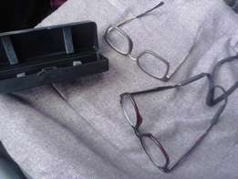 Nice Shakomended Glasses with Case