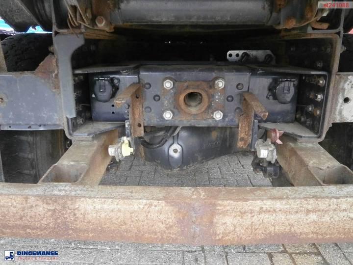 Iveco AD380T38 6x4 tipper - 2011 - image 21