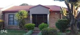Home that offers everthing and more - Lenasia South Ext 1