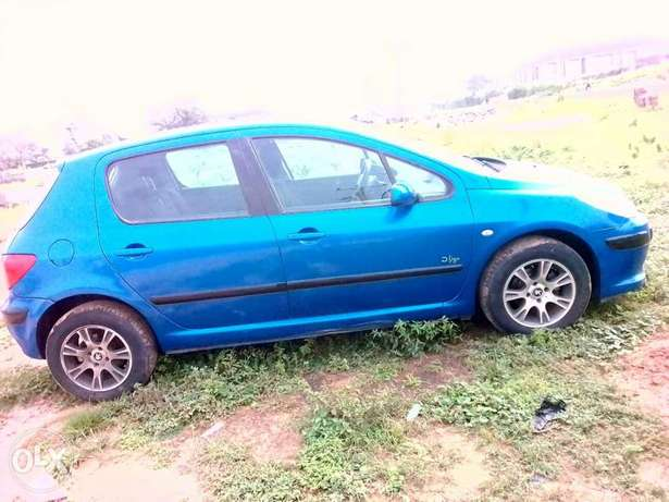Clean Peugeot 307 for sale Kuje - image 3