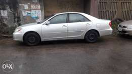 Toyota Camry 2.4 tokubo apapa clearing everything is working perfect
